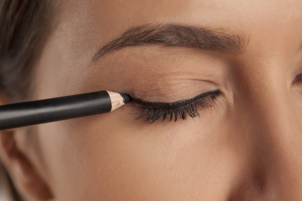 In eye pencil, we trust