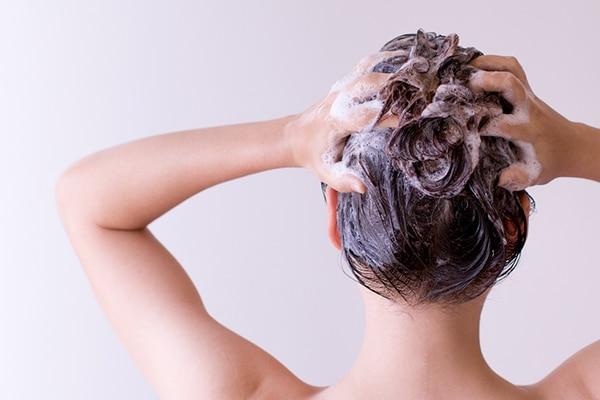 Healthy scalp scrub