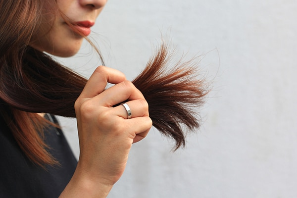 Breakage and split ends