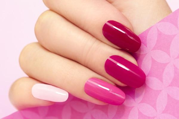 Acrylic manicure