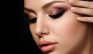 3 easy-peasy eyeshadow styles that'll amp up your eye makeup game instantly