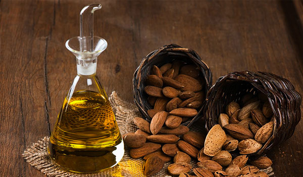 3 reasons to use almond oil for your skin