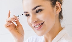 3 surprising ways to use a tweezer to speed up your makeup routine