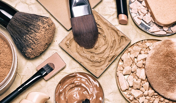 Toxins in makeup products can adversely affect your skin and overall health. Here's what to watch out for