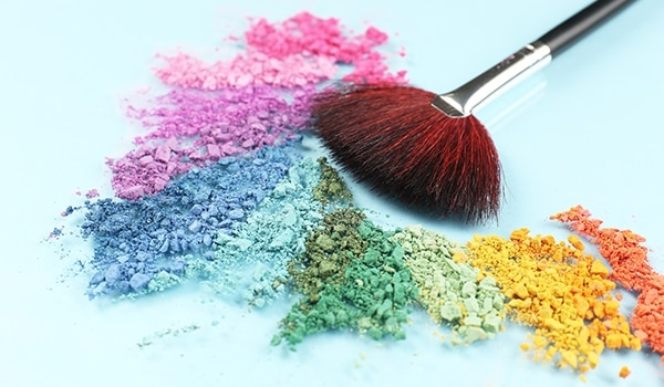 3 ways to ace spring eye makeup with these colourful eyeshadow palettes