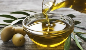 5 Amazing beauty benefits of olive oil