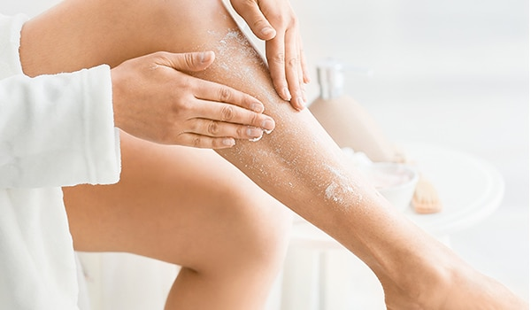 4 exfoliating tips for super soft and smooth legs that look runway ready