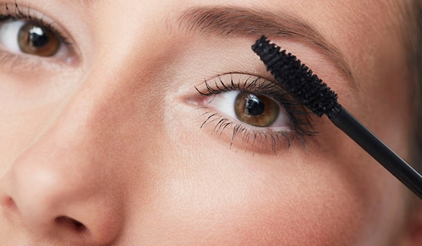 5 ways to apply mascara — and here you thought you knew it all