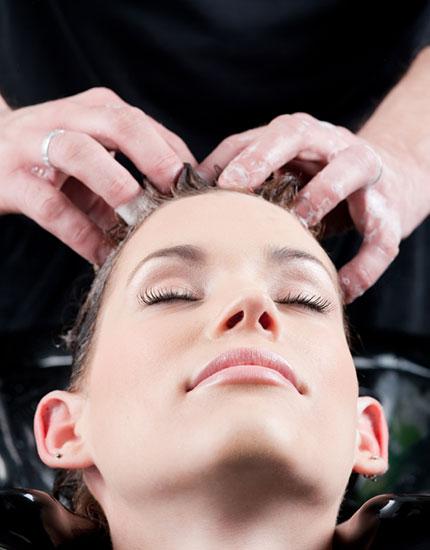 4 ways to maximise your blow dry hairwash 430x550