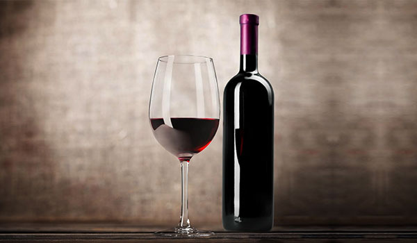 5 BENEFITS DRINKING RED WINE HAS ON YOUR BODY
