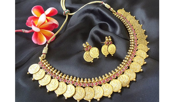 5 BRANDS TO TURN TO FOR NAVRATRI JEWELLERY
