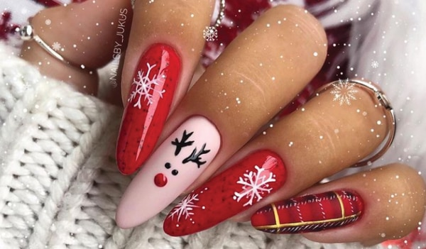 5 classic Christmas nail art designs to get you in the holiday spirit