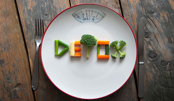 5 DETOX FOODS TO CLEANSE YOUR SYSTEM