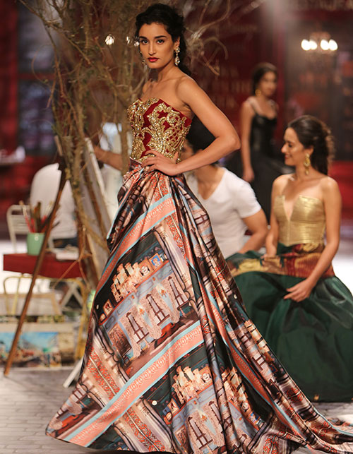 5 FABULOUS GOWNS FOR AN INDIAN BRIDE