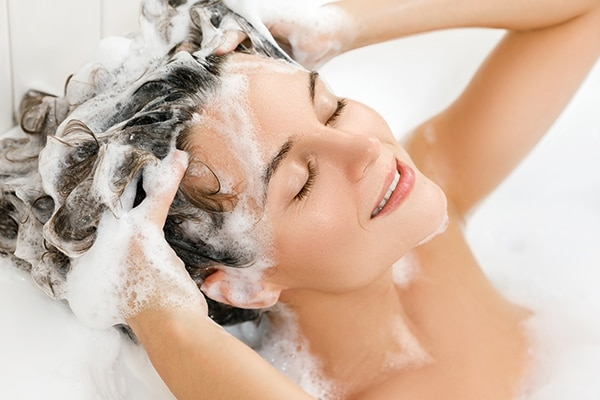 Use the right method of shampooing