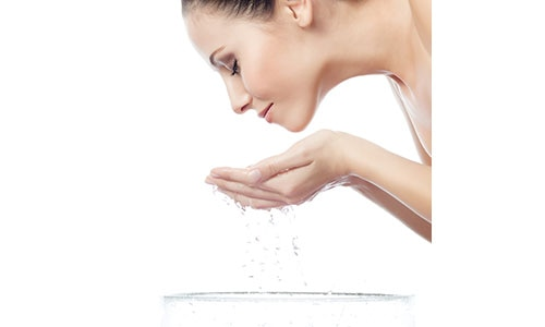 5 mistakes avoid while washing your face 500x300 piccontent