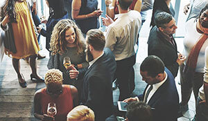 5 networking tips for social events