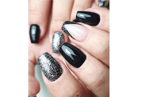 05. Black beauty
