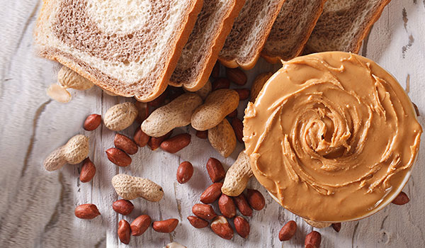 5 GOOD REASONS TO ADD PEANUT BUTTER TO YOUR DIET