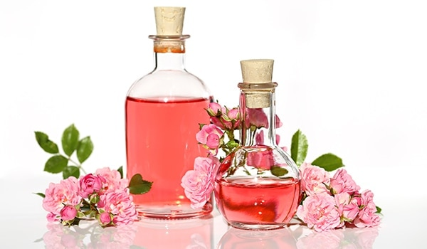5 refreshing ways to incorporate rose water in your daily beauty routine