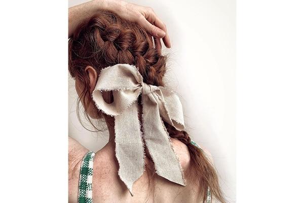 05. Side-swept skull braid