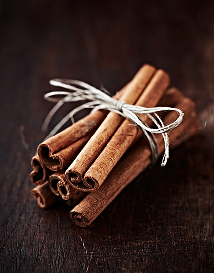 5 spices skin benefits cinnamon 430x550