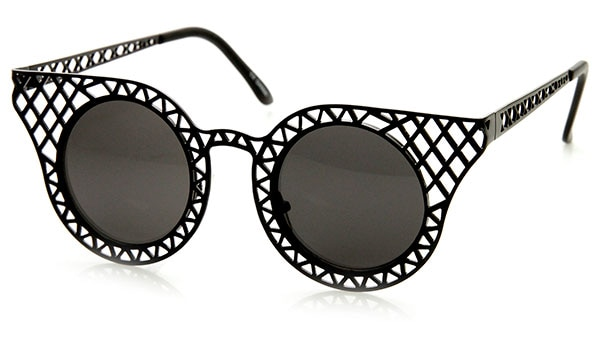 5 SUNGLASSES STYLES EVERY FASHIONISTA MUST OWN