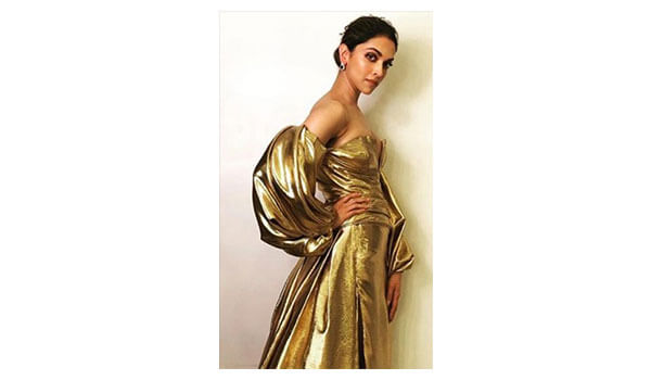 5 times metallic ruled the fashion space!