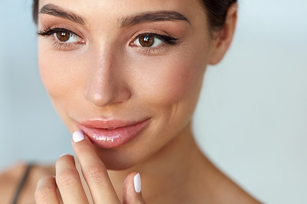 Go au-naturel with the lips