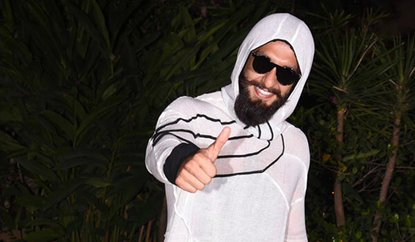 6 wackiest outfits ever sported by celebrities