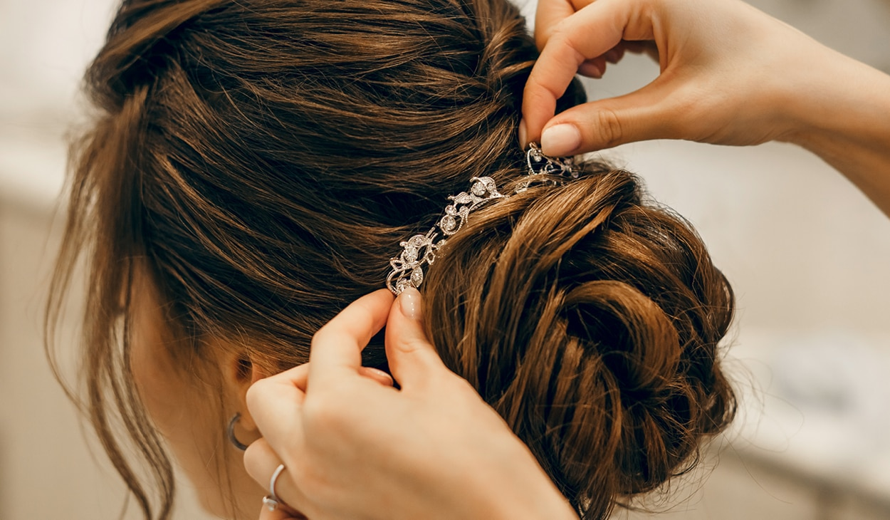 6 gorgeous party hairstyles that will make heads turn!