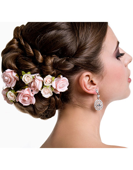 6 things every beach bride needs to know hair accessories 430x550