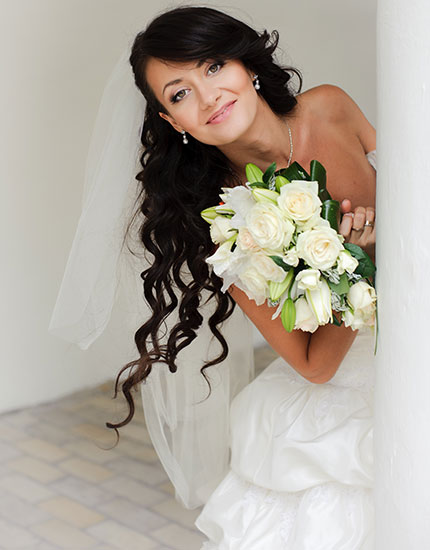 6 things every beach bride needs to know hair do 430x550