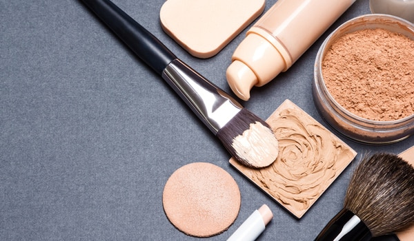 How to wear makeup to the gym like a boss