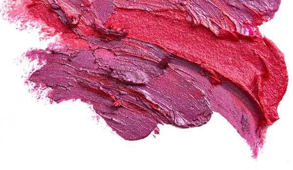 7 LIPSTICK SHADES THAT ARE MOST FLATTERING FOR THE WINTERS