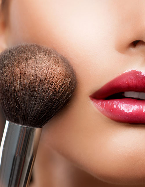 7 MAKEUP BRUSHES YOU NEED IN YOUR ARSENAL