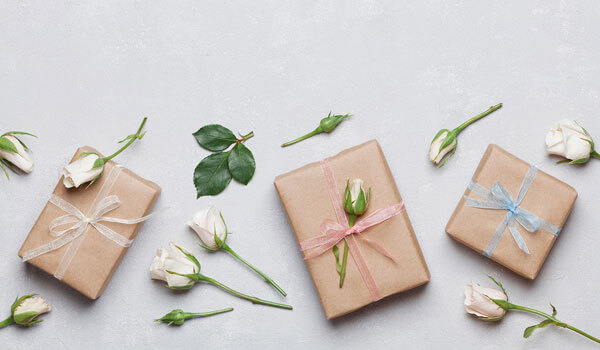 7 Wedding Gift Ideas For A Colleague Bebeautiful