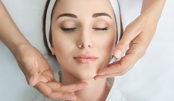 Face massage benefits your skin in more ways than one. Here's how!