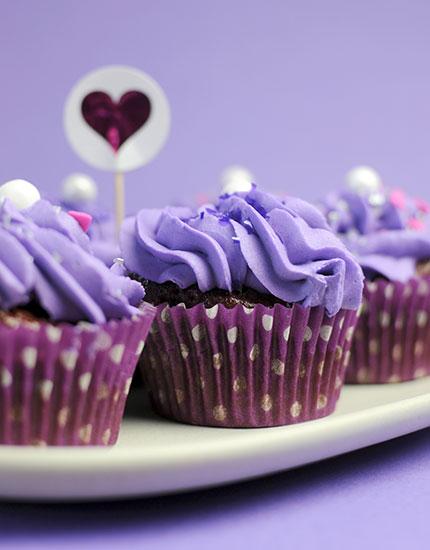 8 Kickass Bachelorette Party Ideas Fun Cakes 430x550