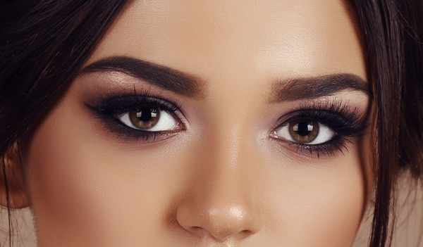 8 trendy smokey eye makeup looks worth trying right now