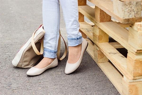 1.Ballet Flats