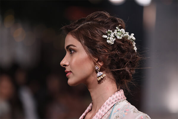 A spell of romance at Anita Dongre Lakme Fashion Week 2018