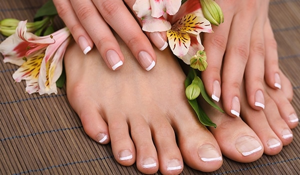 Are your nails brittle? Here are 5 simple hacks to ace healthy nails
