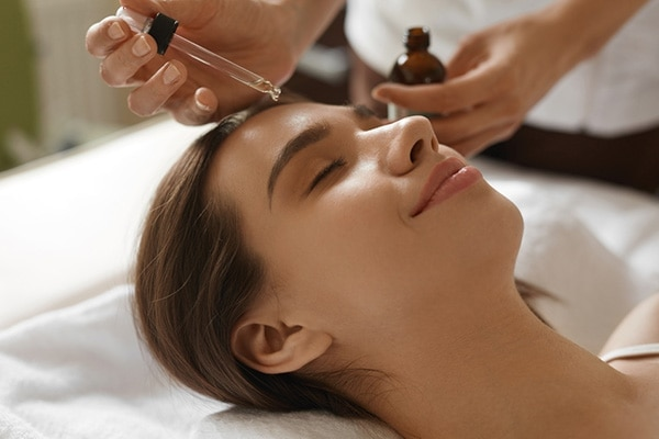 #7 Switch to Hydrating Serums & Face Oils