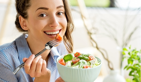 Can eating right protect your skin against pollution? We investigate…