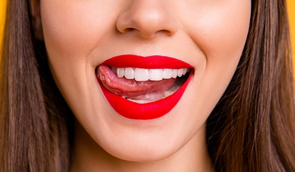 Are chapped lips keeping you from wearing matte lipsticks? Here's a solution…