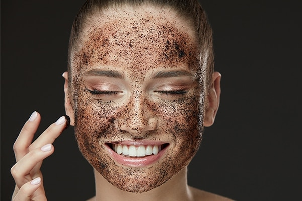 How to do a chocolate facial at home