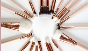 Why You Need To Clean Your Makeup Brushes RN