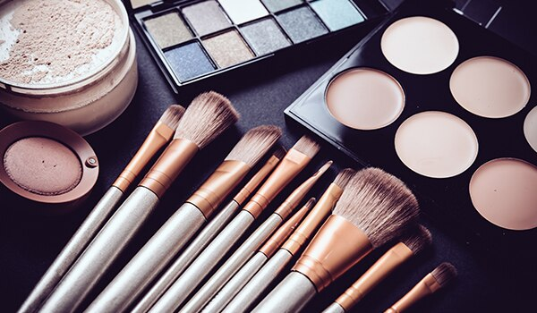 Clean your makeup brushes regularly… your skin will thank you!