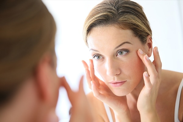 Delays skin ageing